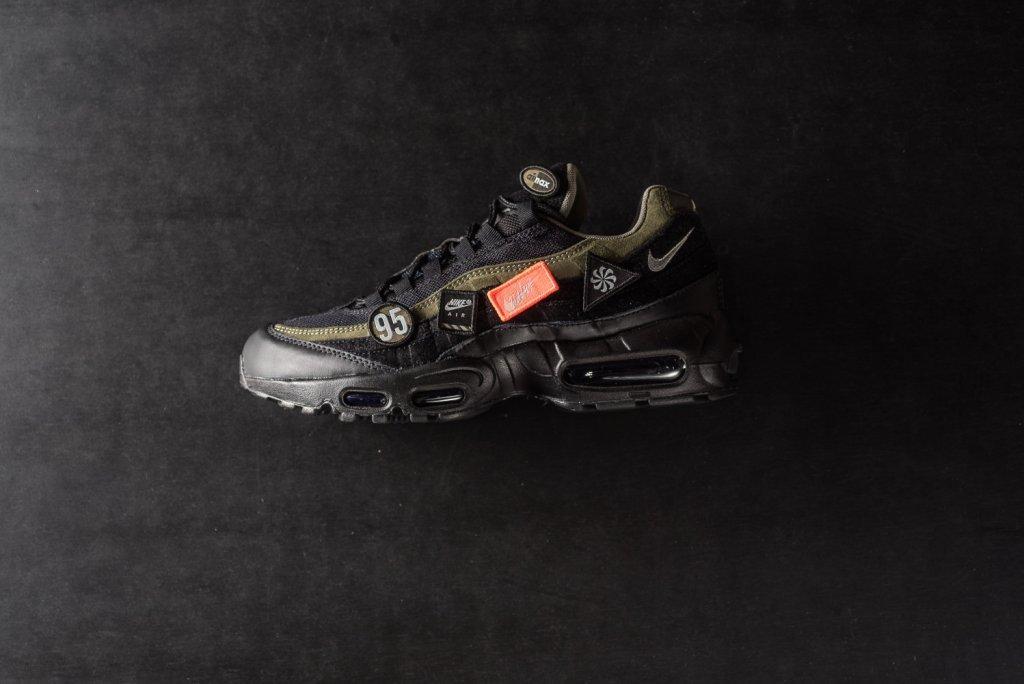 Nike_Air_Max_95_HAL_Highs_And_Lows_AH8444-001_sneaker_politics_6.jpg