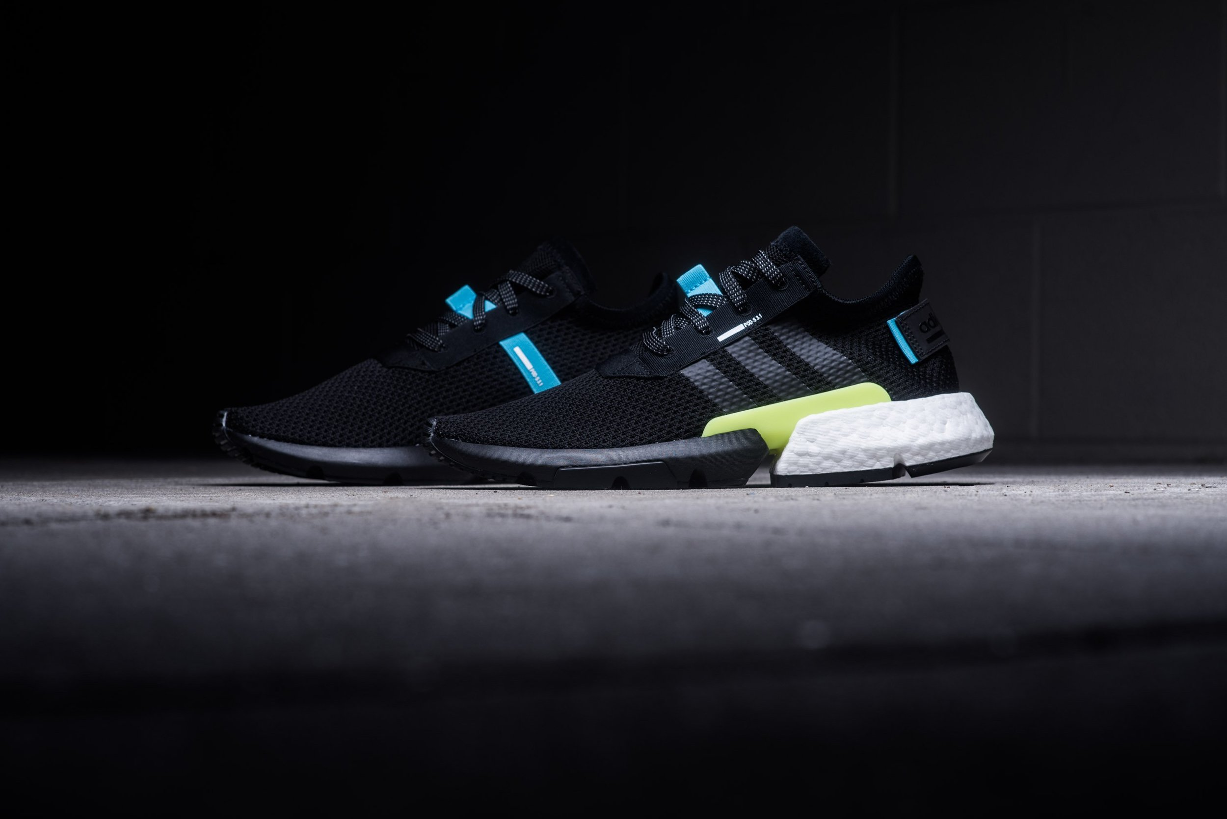 Adidas_POD-S3.1_aq1059_black_white_sneaker_politics_2.jpg