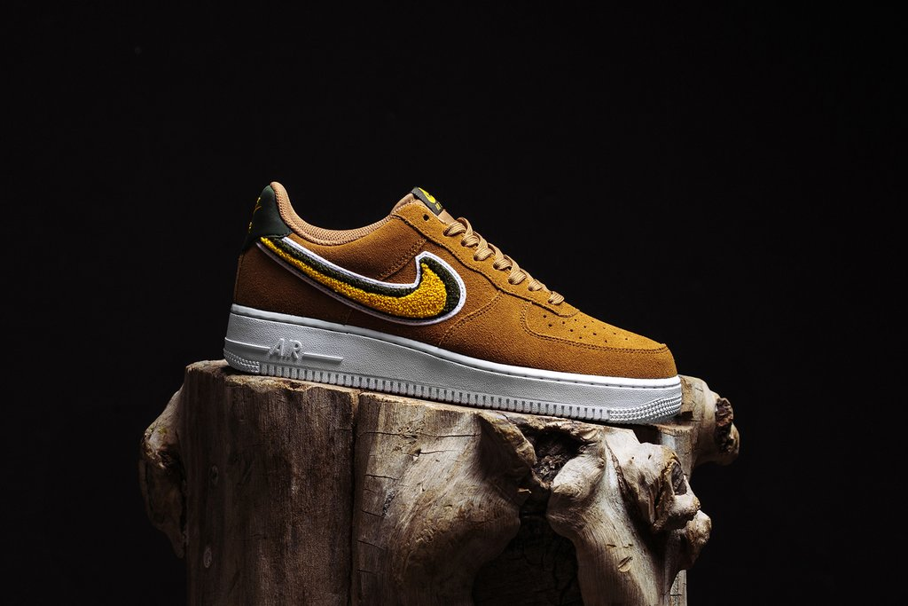 Nike_Air_Force_1_07_LV8_-_Muted_Bronze-Yellow_Ochre-Sequoia_-_823511-204_-_July_26_2018-1_1024x1024.jpg