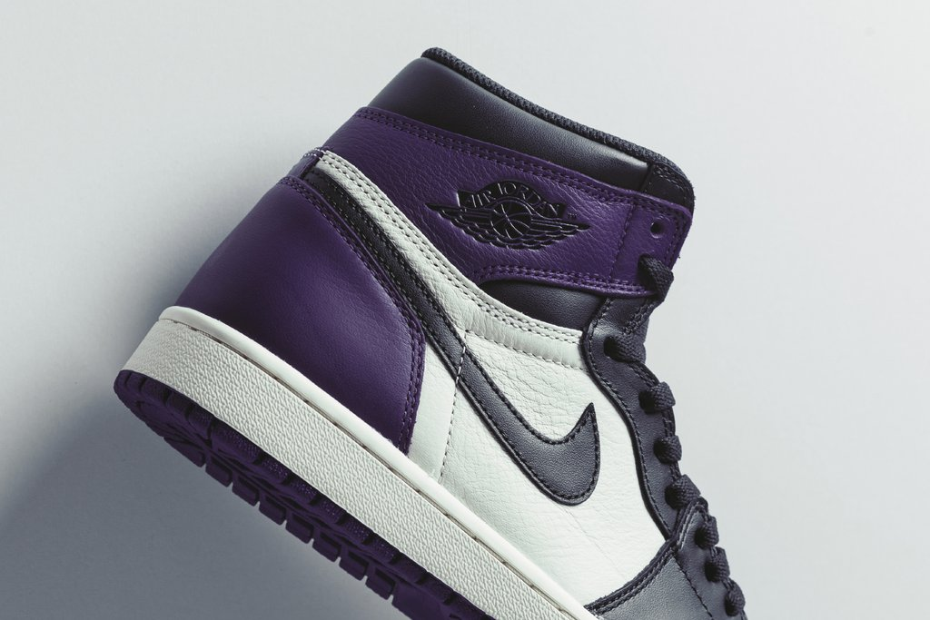 Air_Jordan_1_Retro_High_OG_-_Court_Purple-Black-Sail_-_555088-501_-_Feature_-_2_1024x1024.jpg