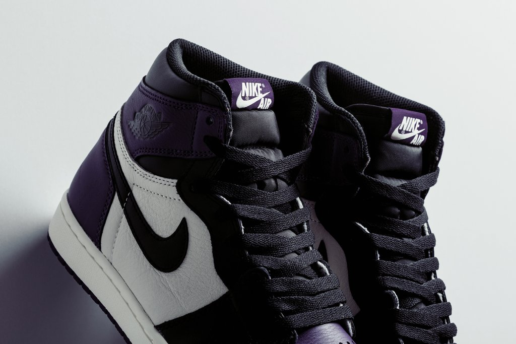 Air_Jordan_1_Retro_High_OG_-_Court_Purple-Black-Sail_-_555088-501_-_Feature_-_3_1024x1024.jpg