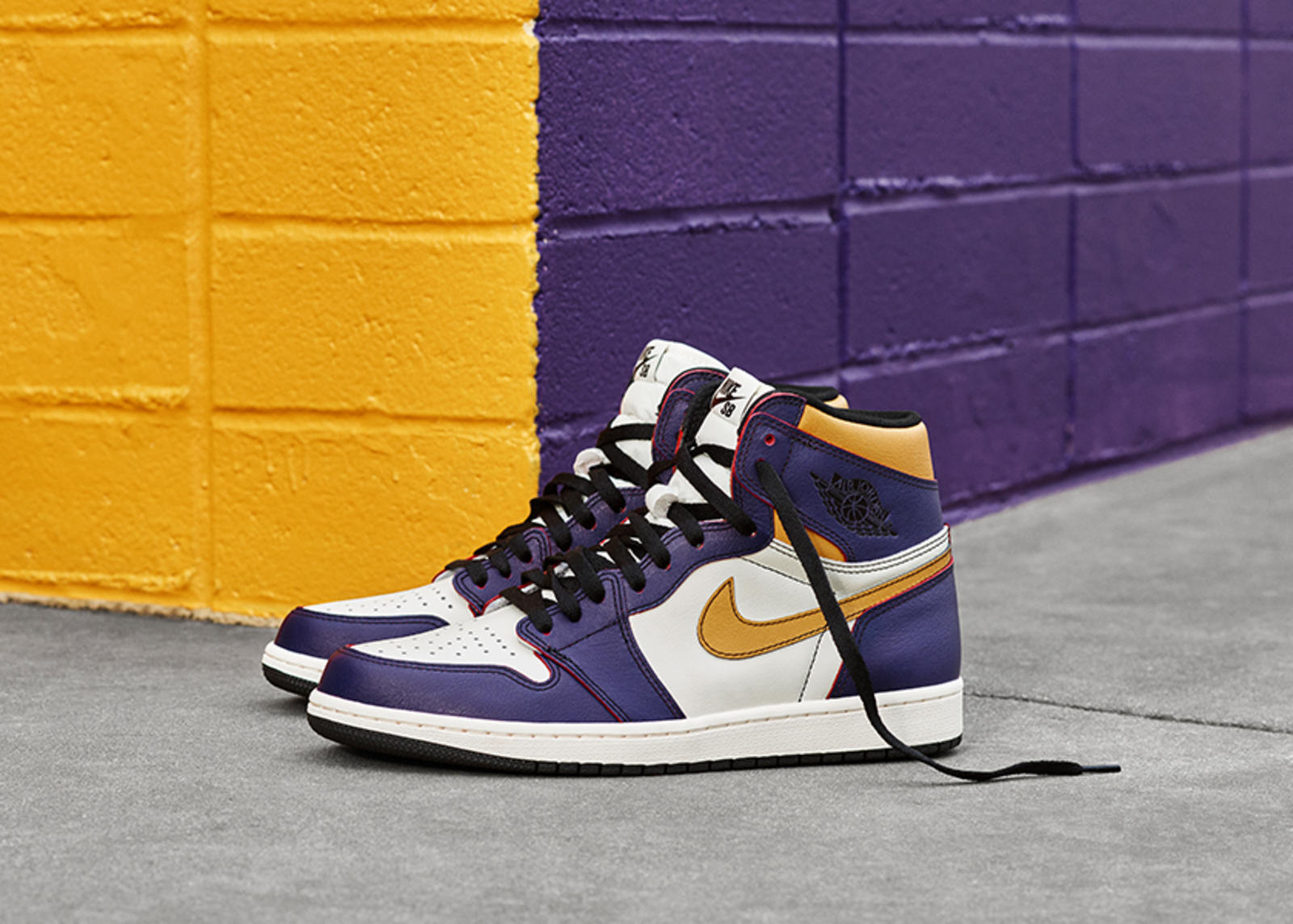 SU19_JD_TheOnes_NIKENEWS_AJ1_HIGH__native_1600.jpg