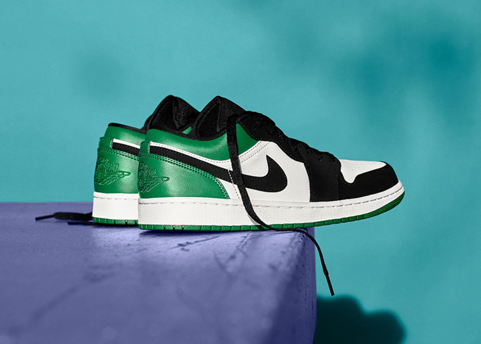 SU19_JD_TheOnes_NIKENEWS_AJ1_LOW_MYSTICGREEN_native_1600.jpg