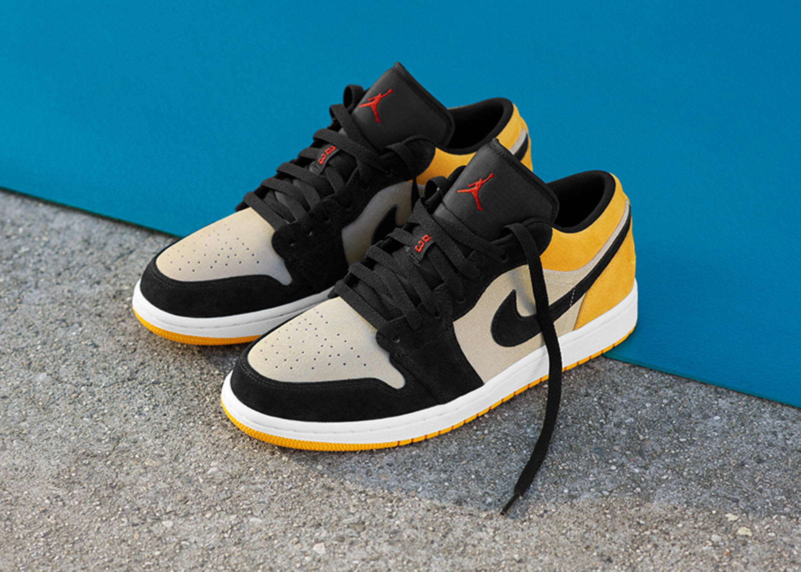 SU19_JD_TheOnes_NIKENEWS_AJ1_LOW_UNIVERSITYGOLD_native_1600.jpg