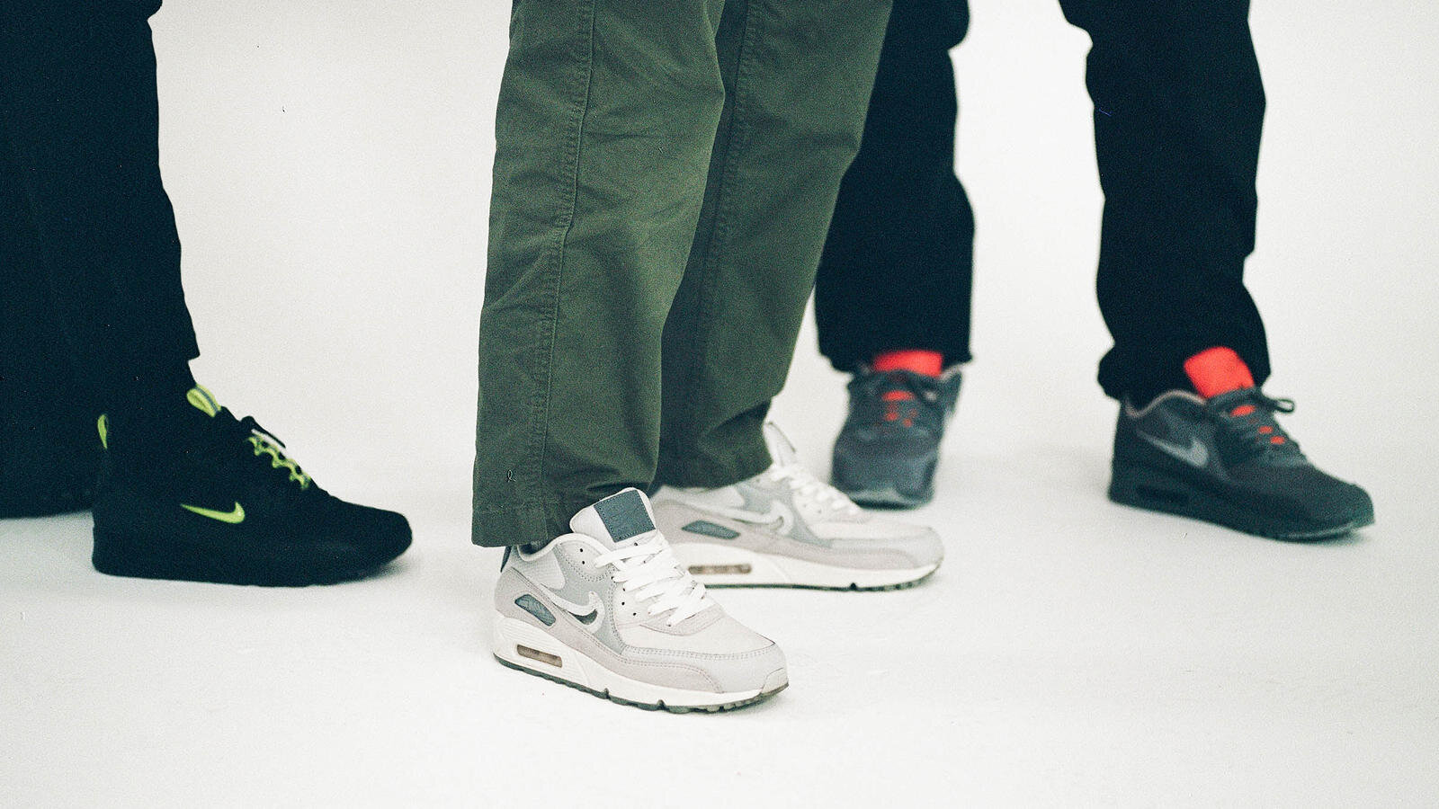 nike-bsmnt-air-max-90-2_hd_1600.jpg