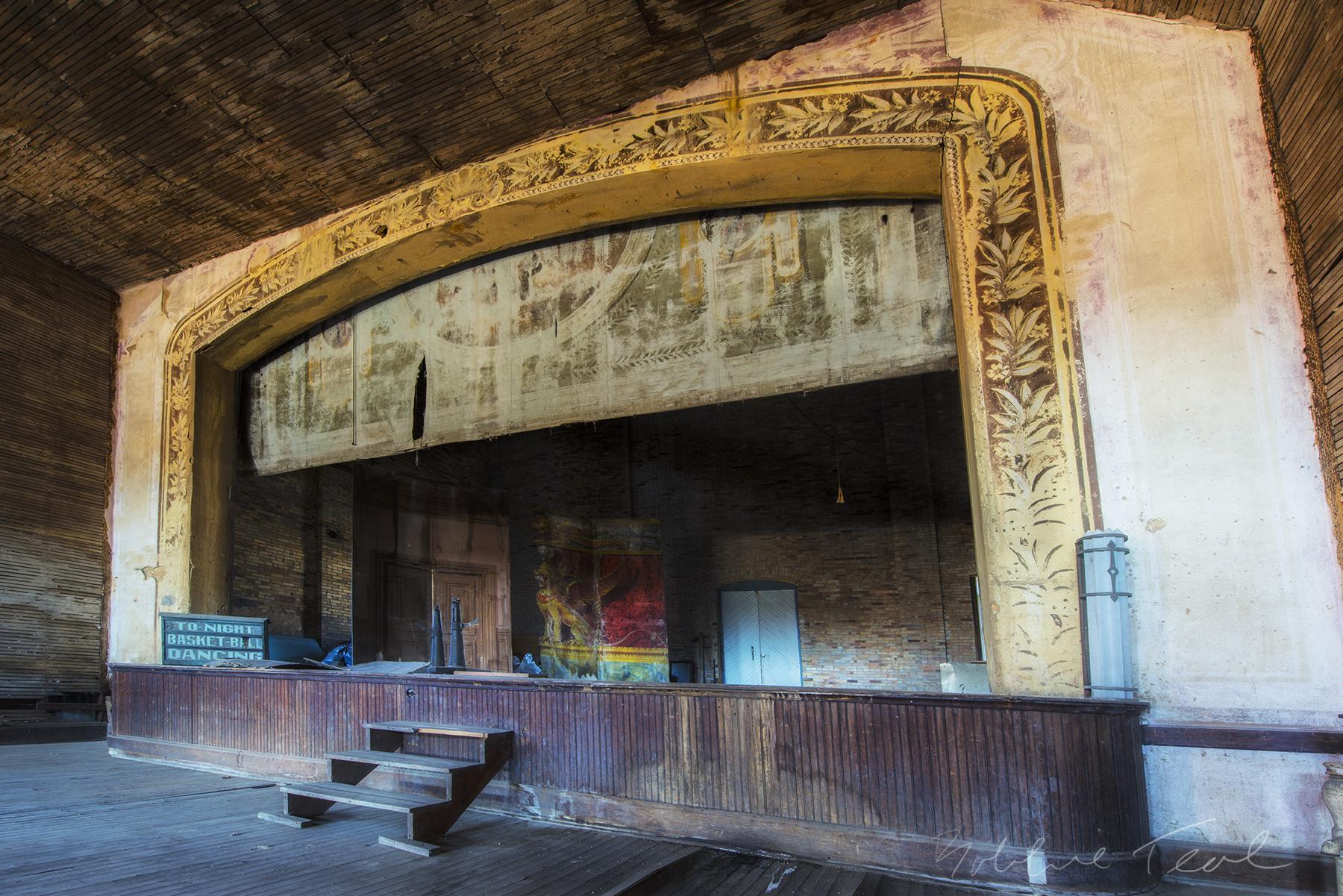 The Linda Theatre