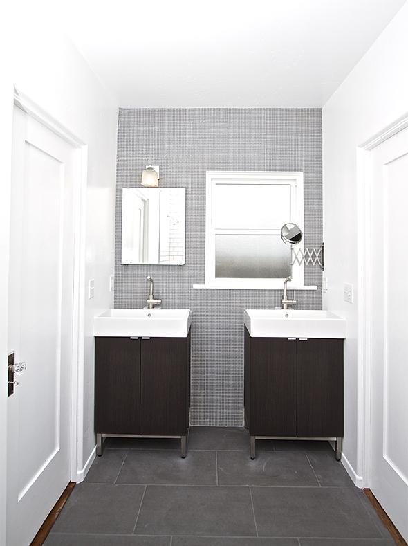 bathroom web2.jpg