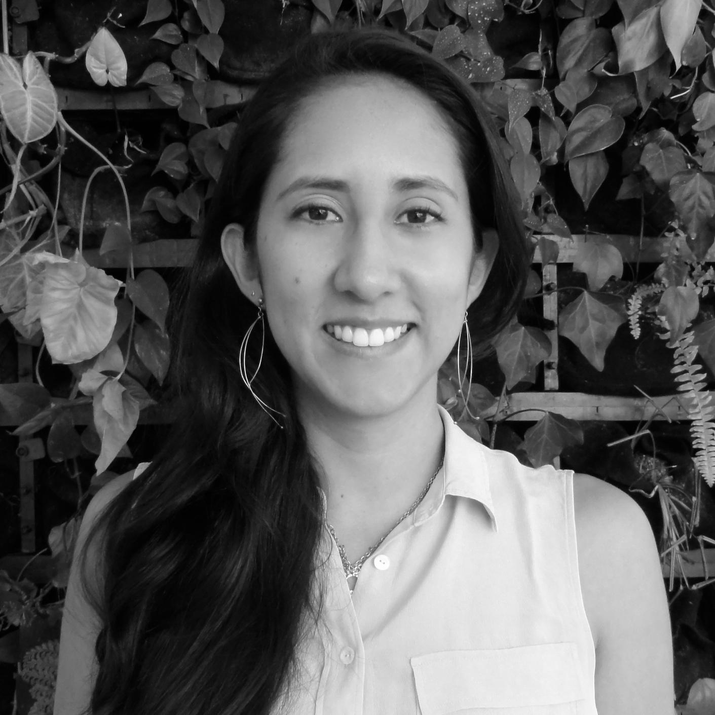 Roselena Díaz  Ingeniera Civil Junior