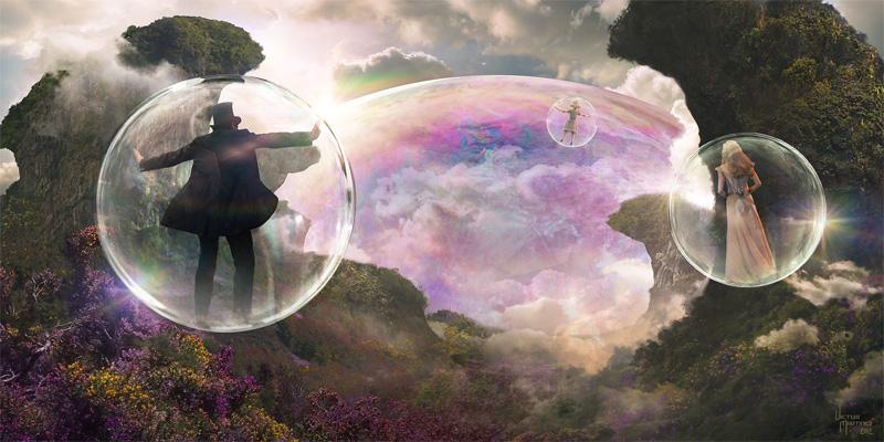 ShimmeringWallBubble_v01B_people_082212_vm.jpg
