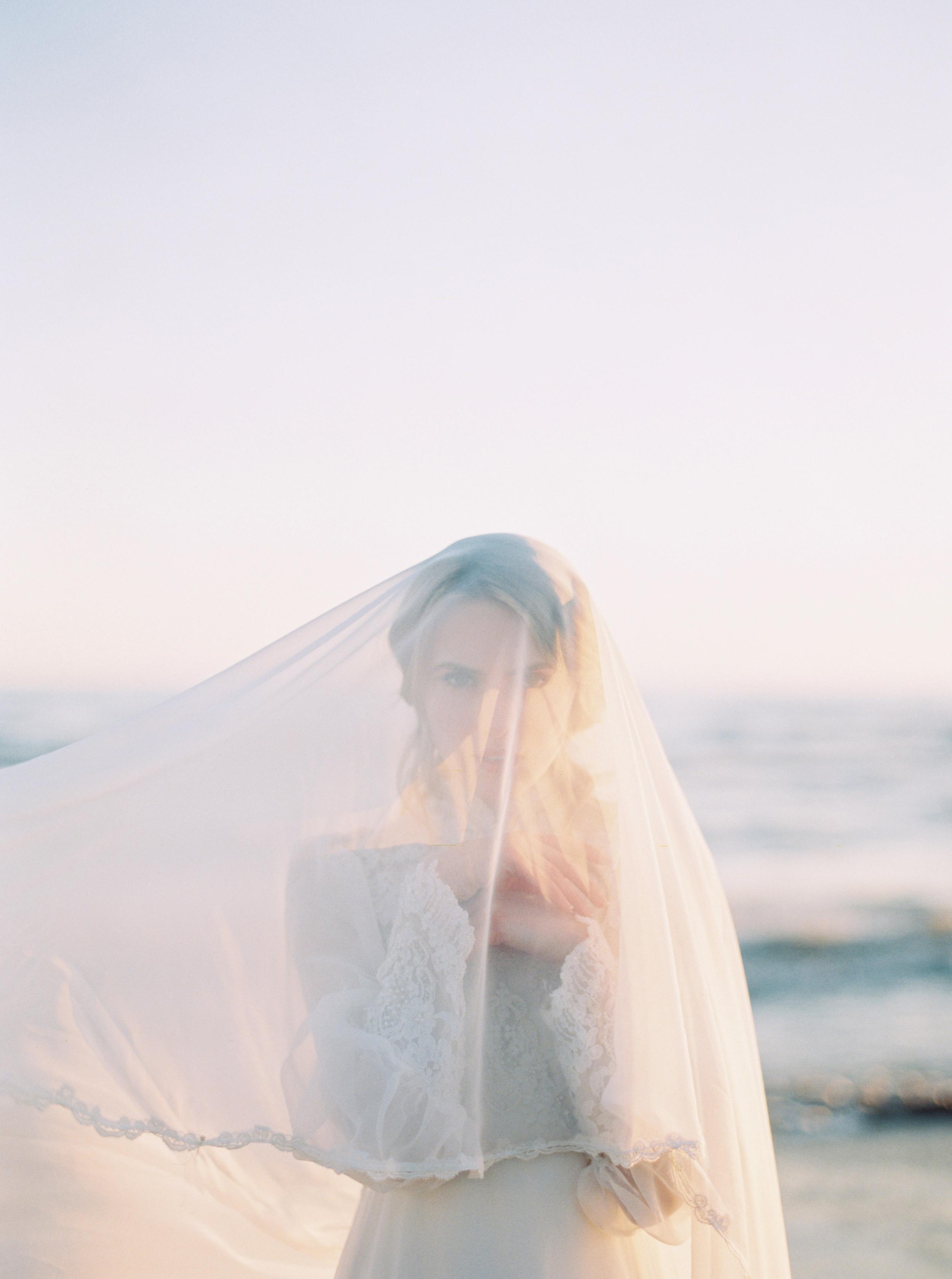 Kyle John l Fine Art Wedding Photography l Chicago, Copenhagen, California, New York, Destination l Blog l Sea and Sand_5
