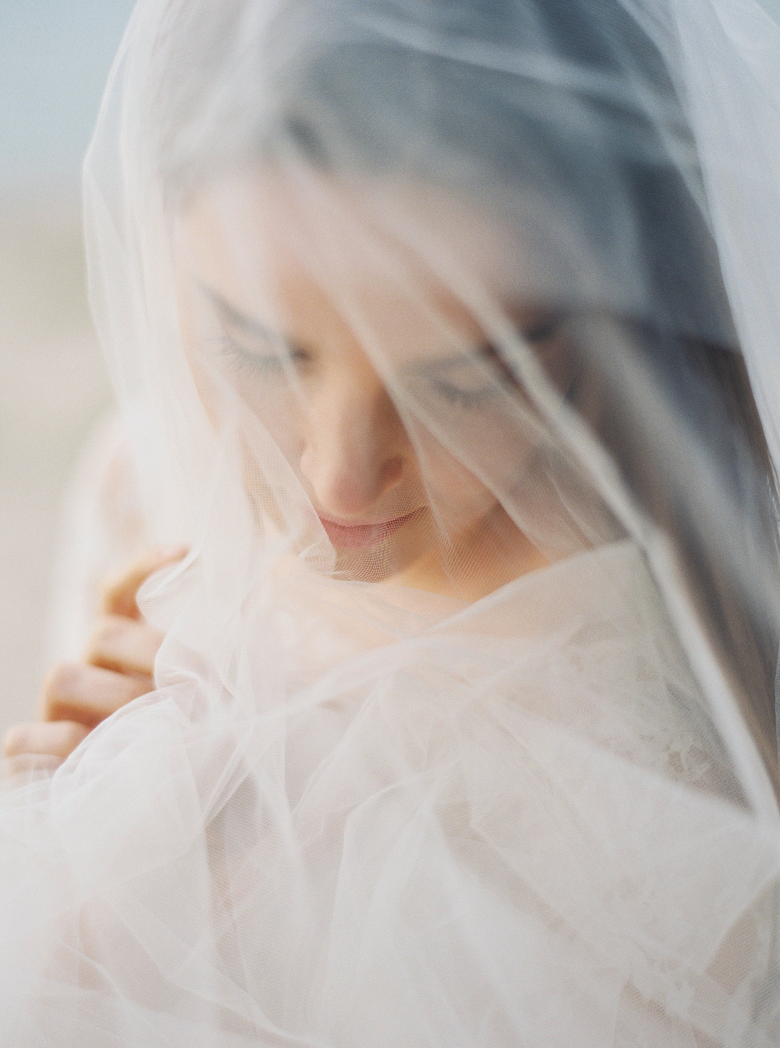 Kyle John l Fine Art Wedding Photography l Chicago, Copenhagen, California, New York, Destination l Blog l Jessica W_4