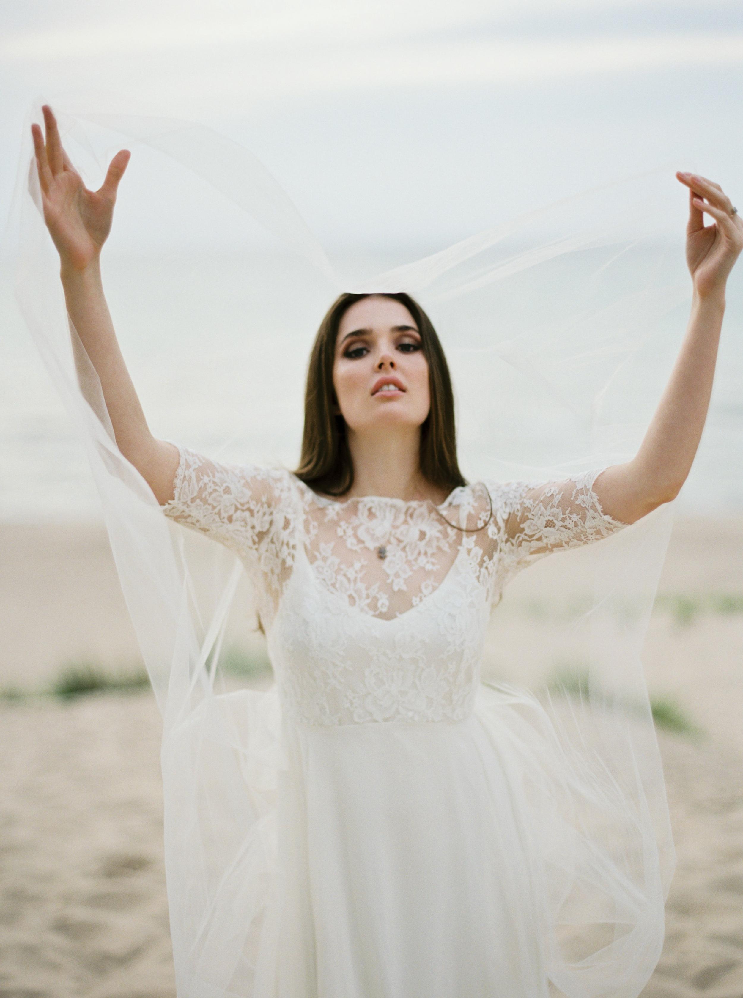 Kyle John l Fine Art Wedding Photography l Chicago, Copenhagen, California, New York, Destination l Blog l Jessica W_17