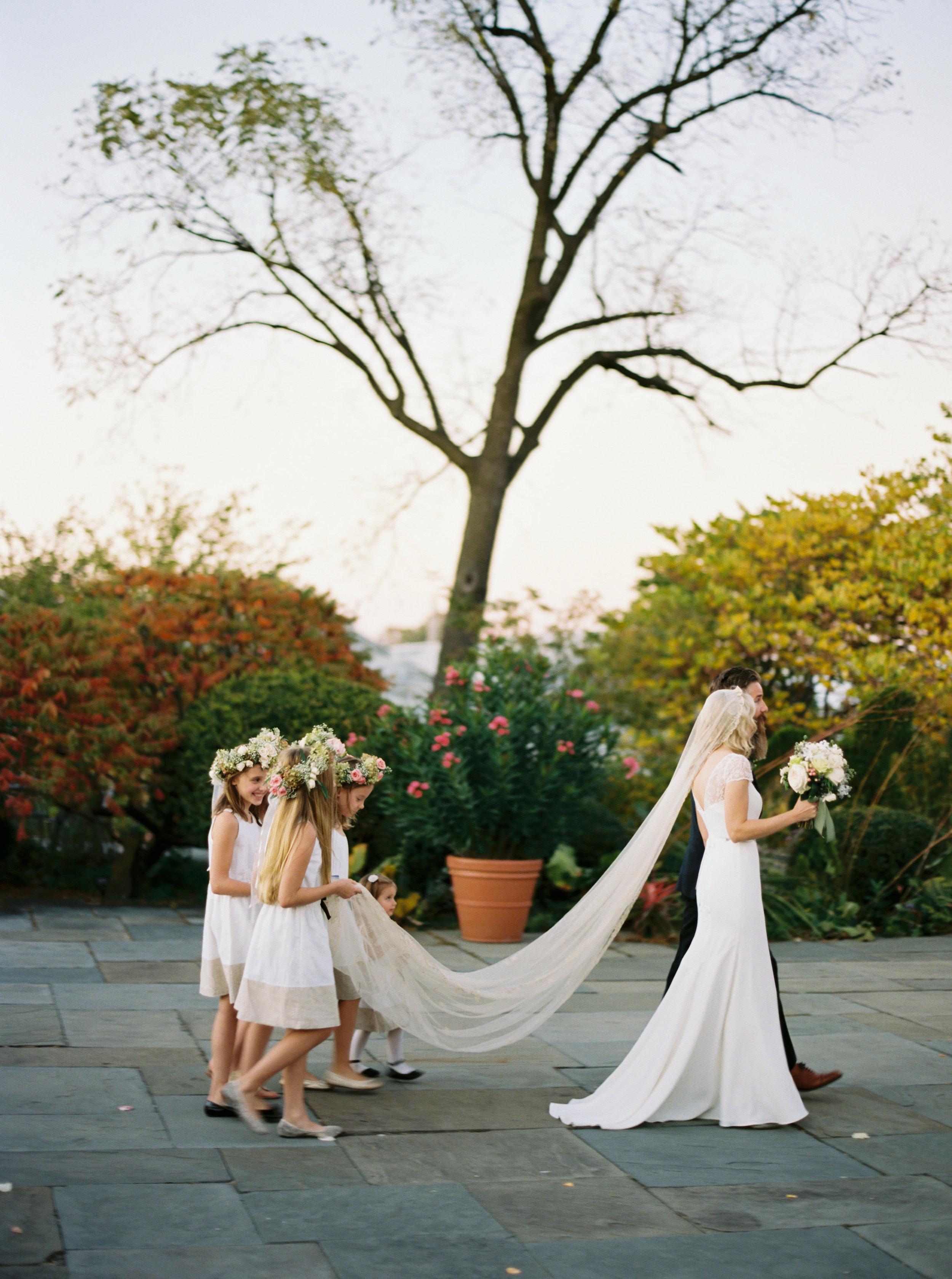 Kyle John l Fine Art Wedding Photography l Chicago, Copenhagen, California, New York, Destination l Blog l Alice & Aaron_16