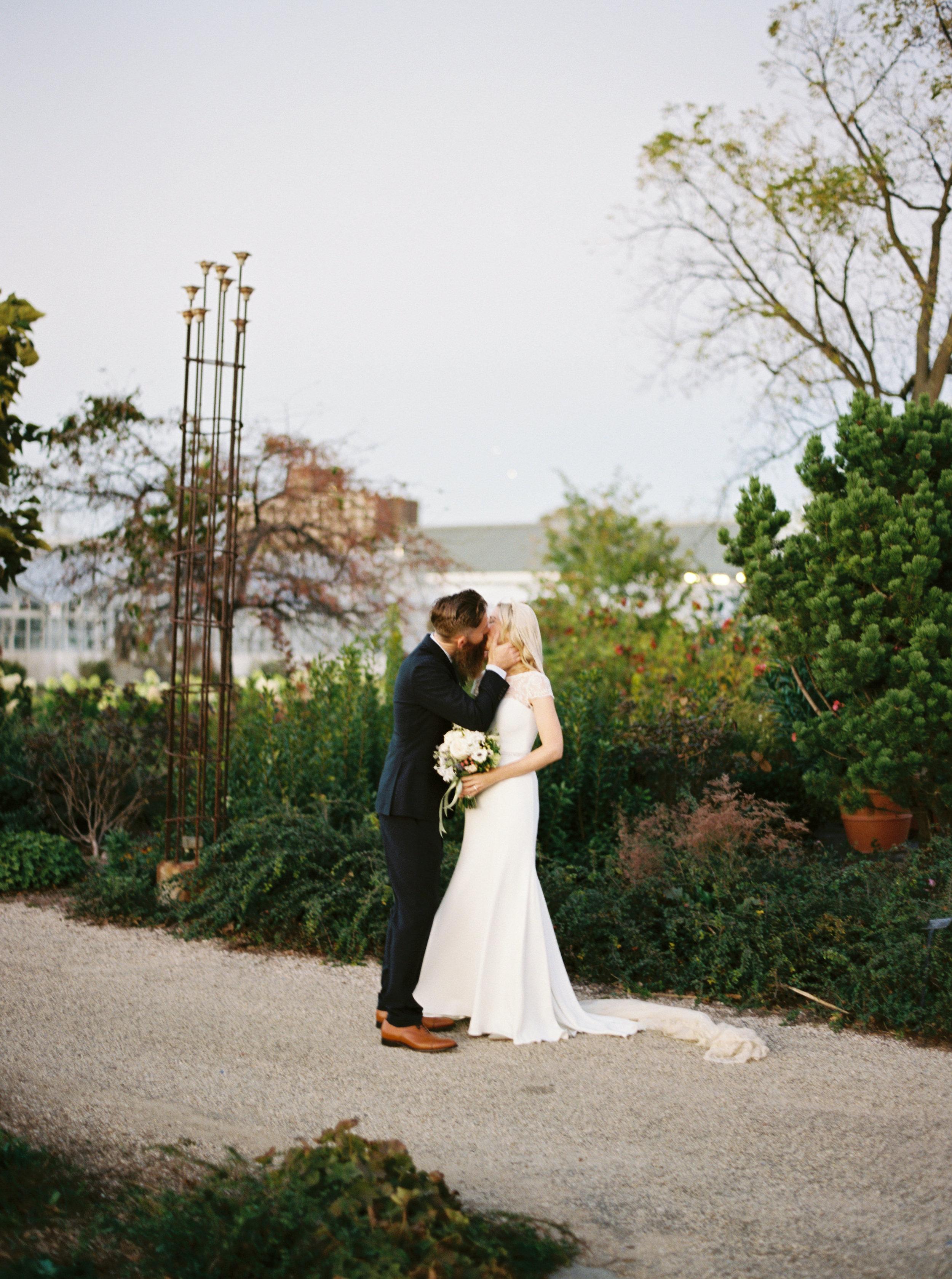 Kyle John l Fine Art Wedding Photography l Chicago, Copenhagen, California, New York, Destination l Blog l Alice & Aaron_24