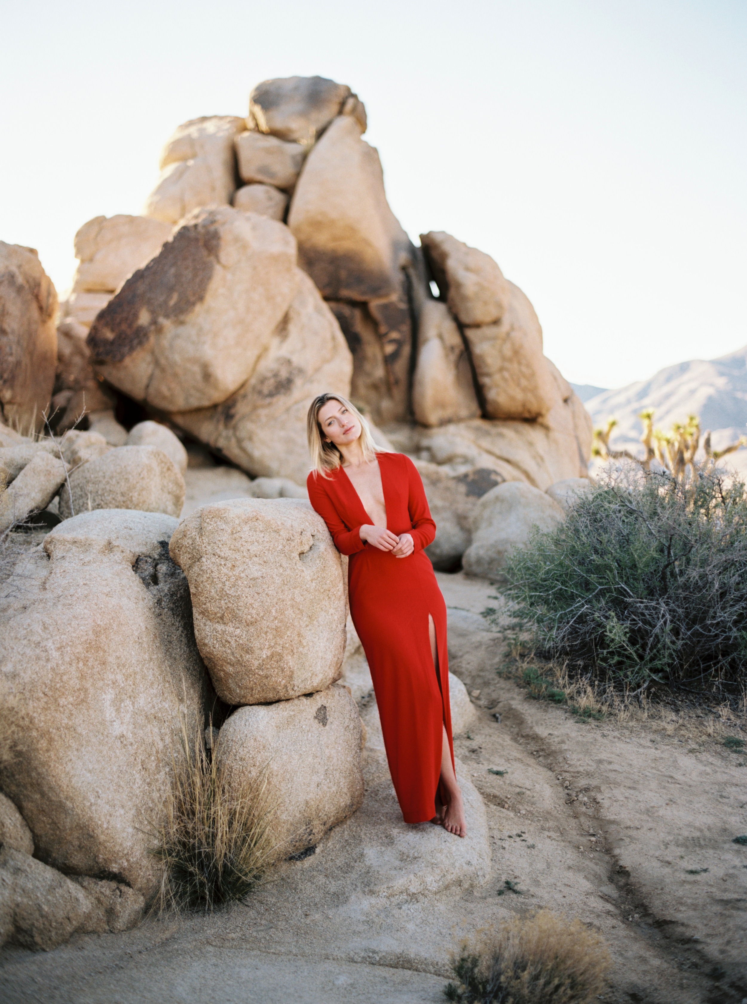 Kyle John l Fine Art Wedding Photography l Chicago, Copenhagen, California, New York, Destination l Blog l Jessica L_Joshua Tree_16