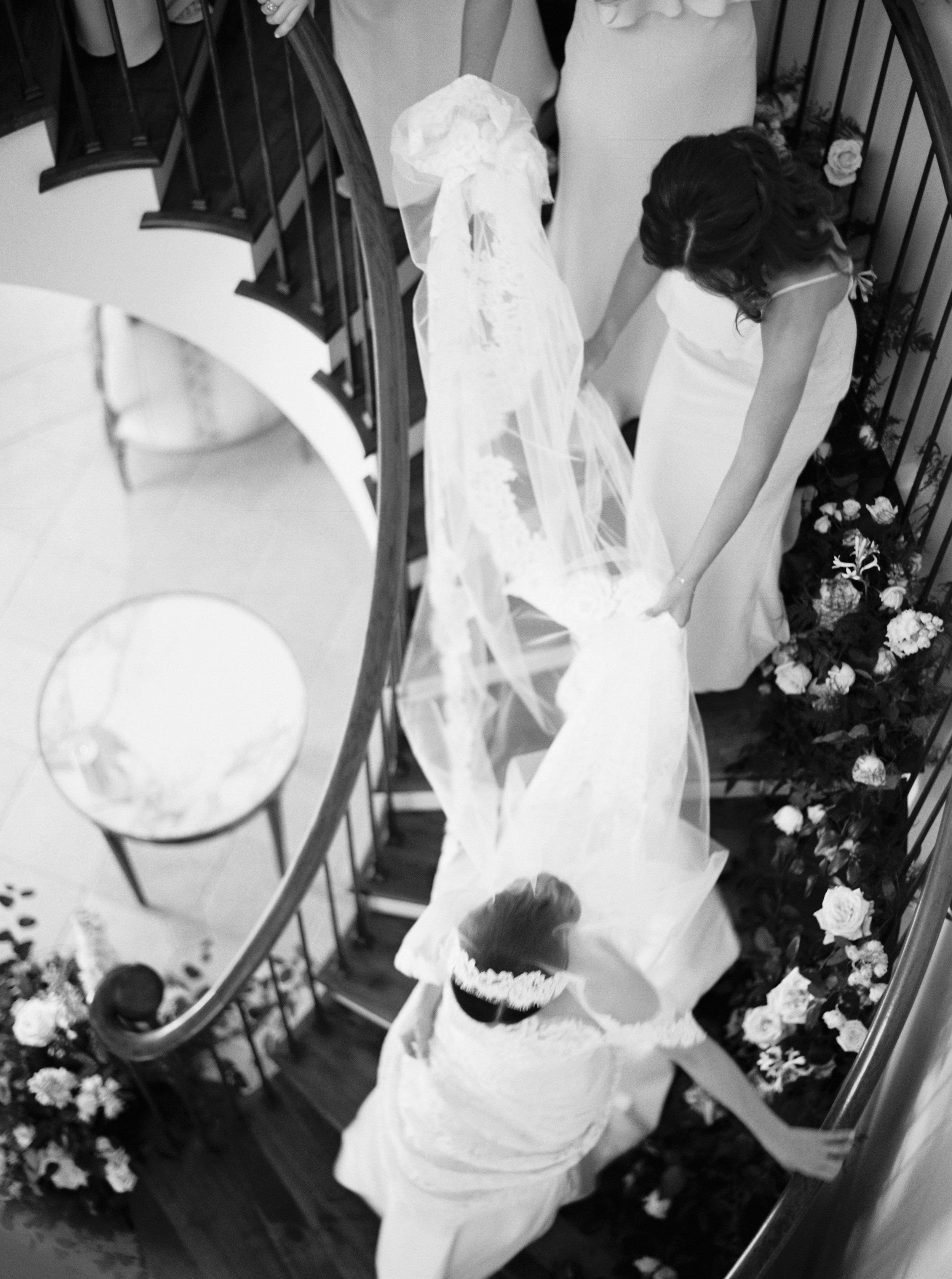 Kyle John l Fine Art Wedding Photography l Chicago, Copenhagen, California, New York, Destination l Blog l Connie & Connor_Winnetka_5
