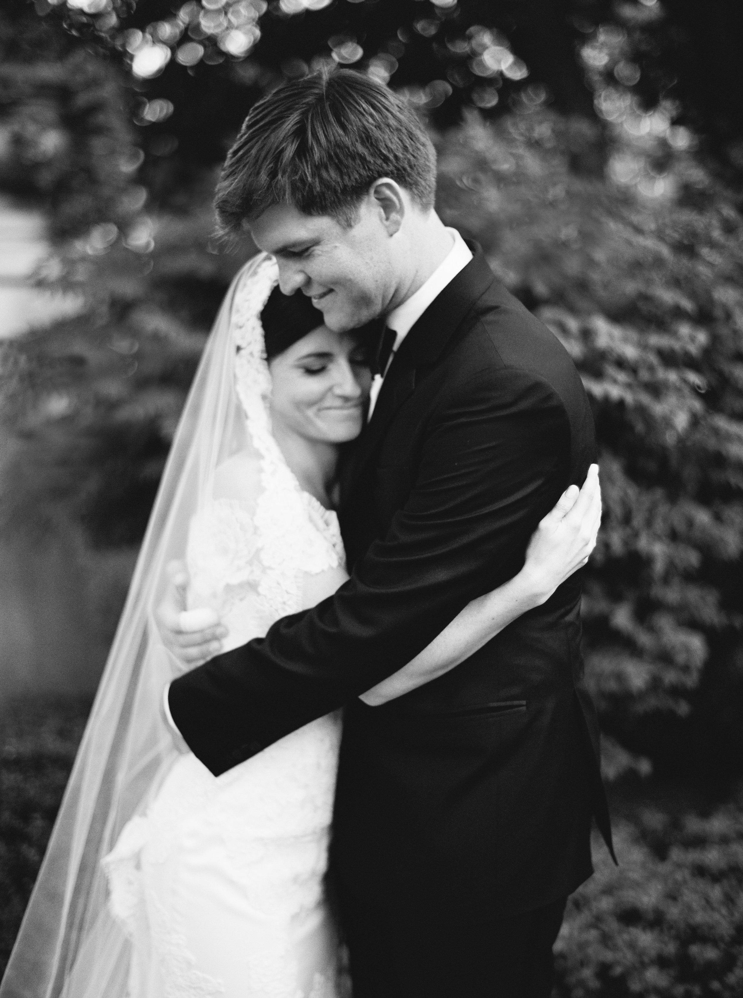 Kyle John l Fine Art Wedding Photography l Chicago, Copenhagen, California, New York, Destination l Blog l Connie & Connor_Winnetka_23