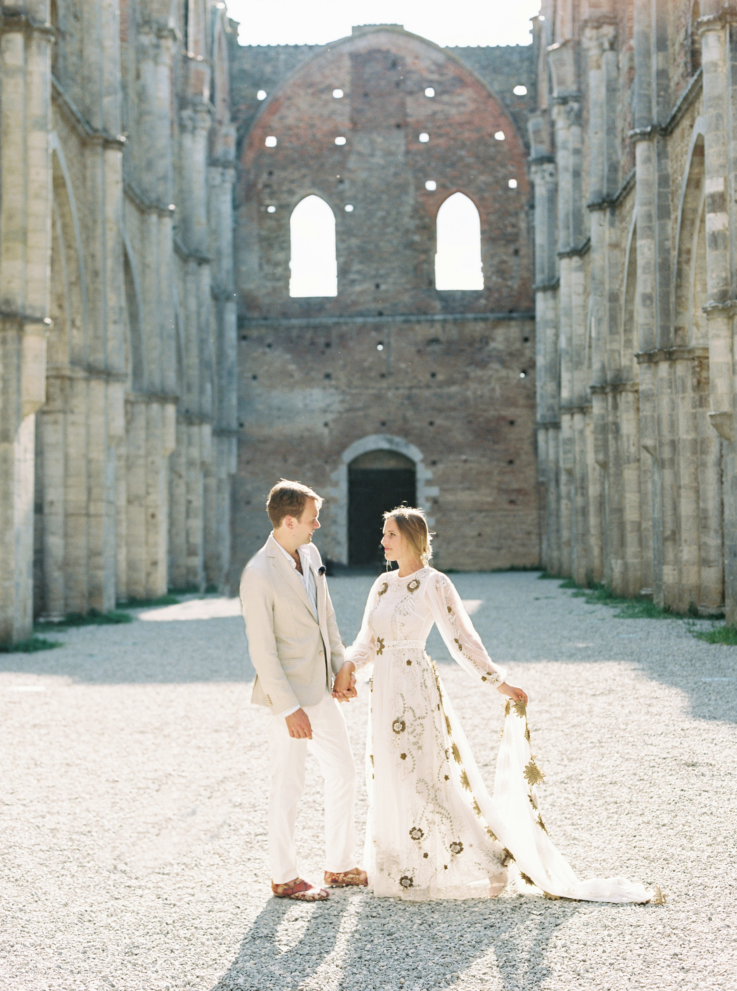 Kyle John l Fine Art Wedding Photography l Chicago, Copenhagen, California, New York, Destination l Blog l Alexis and Zach_Borgo Santo Pietro_Italy_Tuscany_52