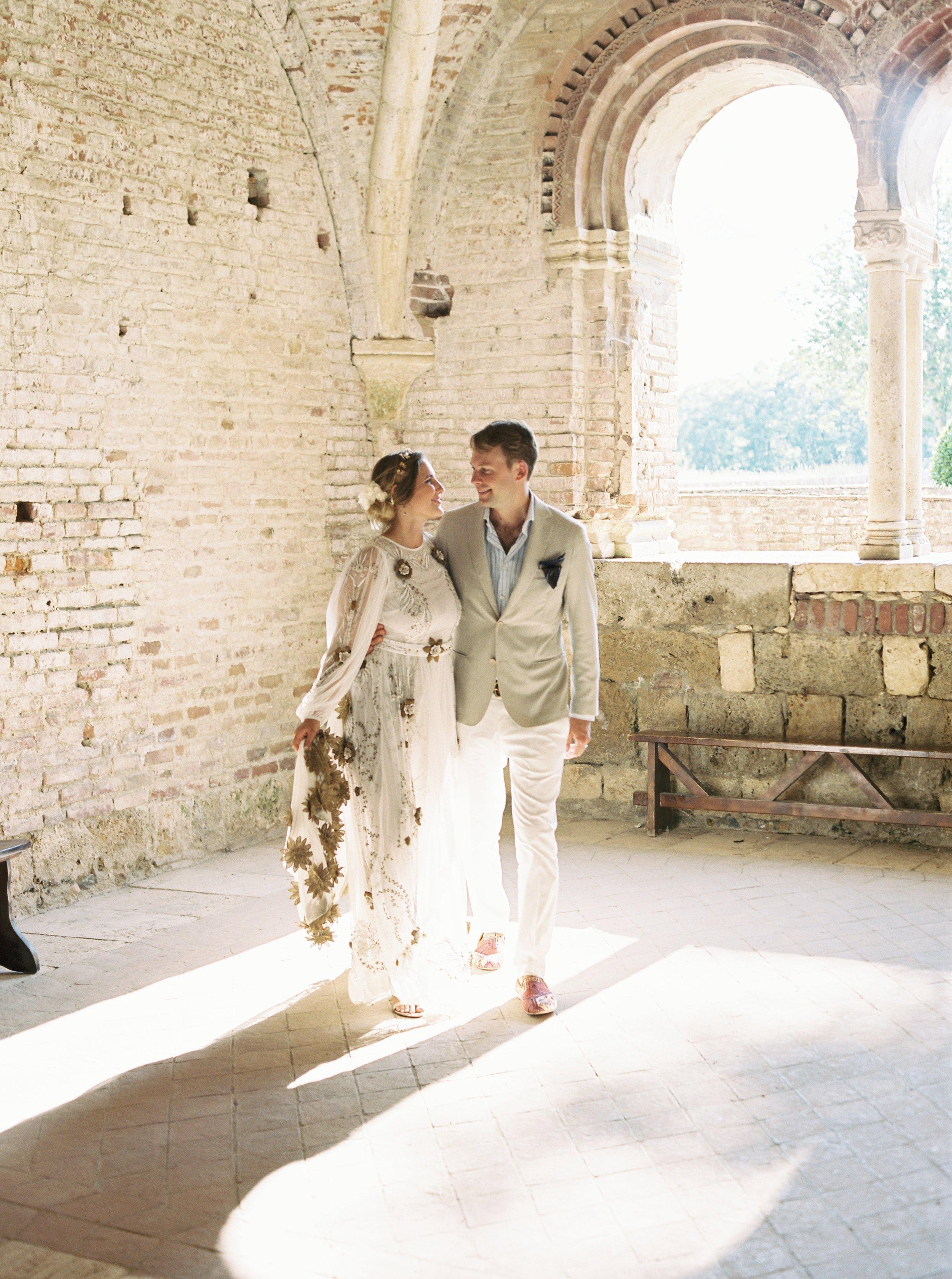 Kyle John l Fine Art Wedding Photography l Chicago, Copenhagen, California, New York, Destination l Blog l Alexis and Zach_Borgo Santo Pietro_Italy_Tuscany_54