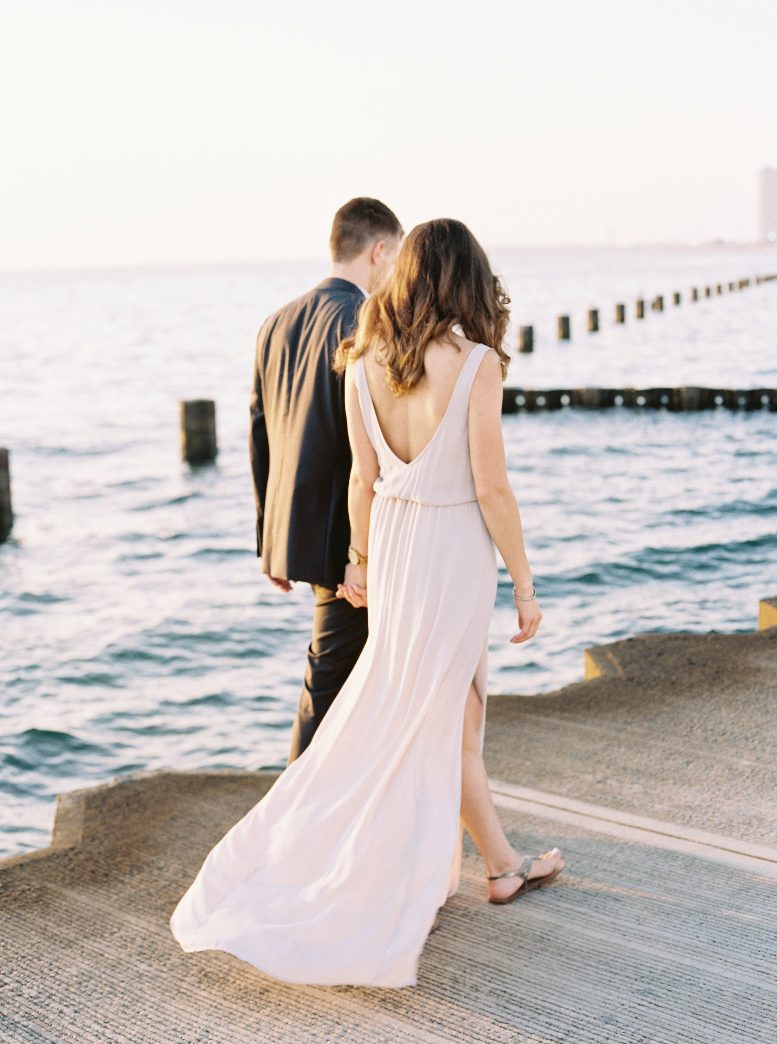 Kyle John l Fine Art Wedding Photography l Chicago, Copenhagen, California, New York, Destination l Blog l Nathalie and Colby_Lake Michigan_Sunrise Engagement_10