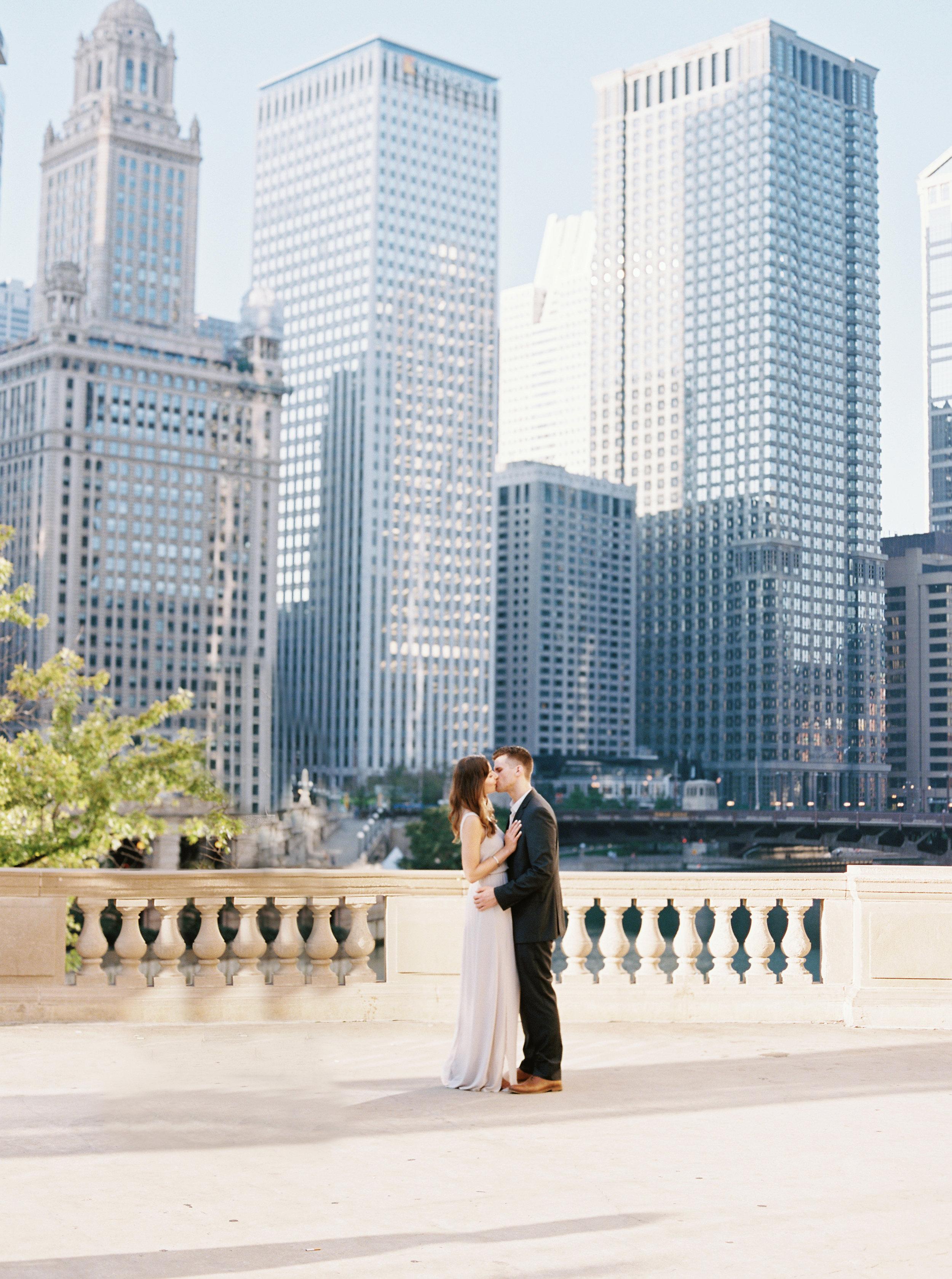 Kyle John l Fine Art Wedding Photography l Chicago, Copenhagen, California, New York, Destination l Blog l Nathalie and Colby_Lake Michigan_Sunrise Engagement_18
