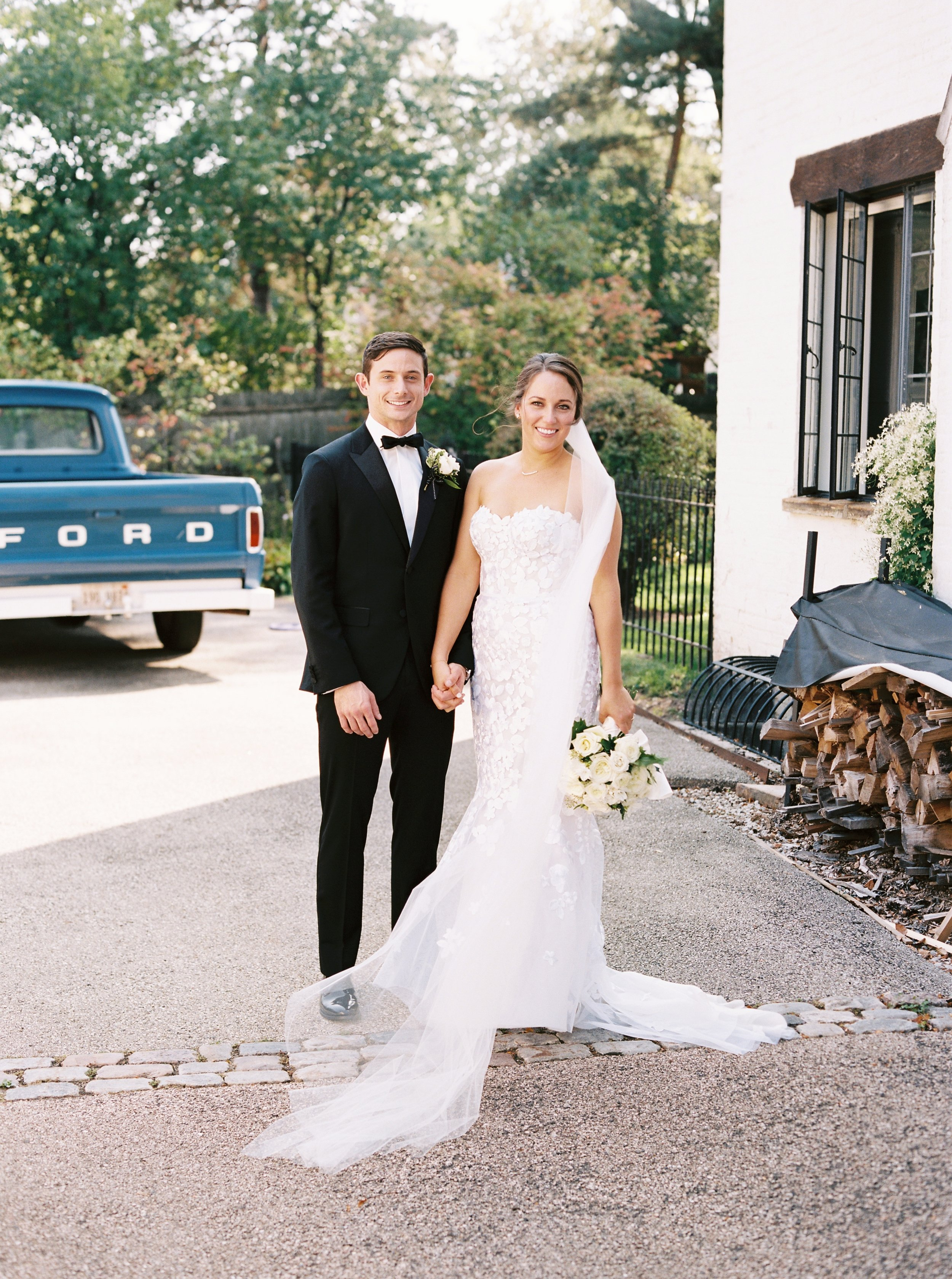 Kyle John l Fine Art Wedding Photography l Chicago, Copenhagen, California, New York, Destination l Blog l Kate and Michael_Winnetka_15