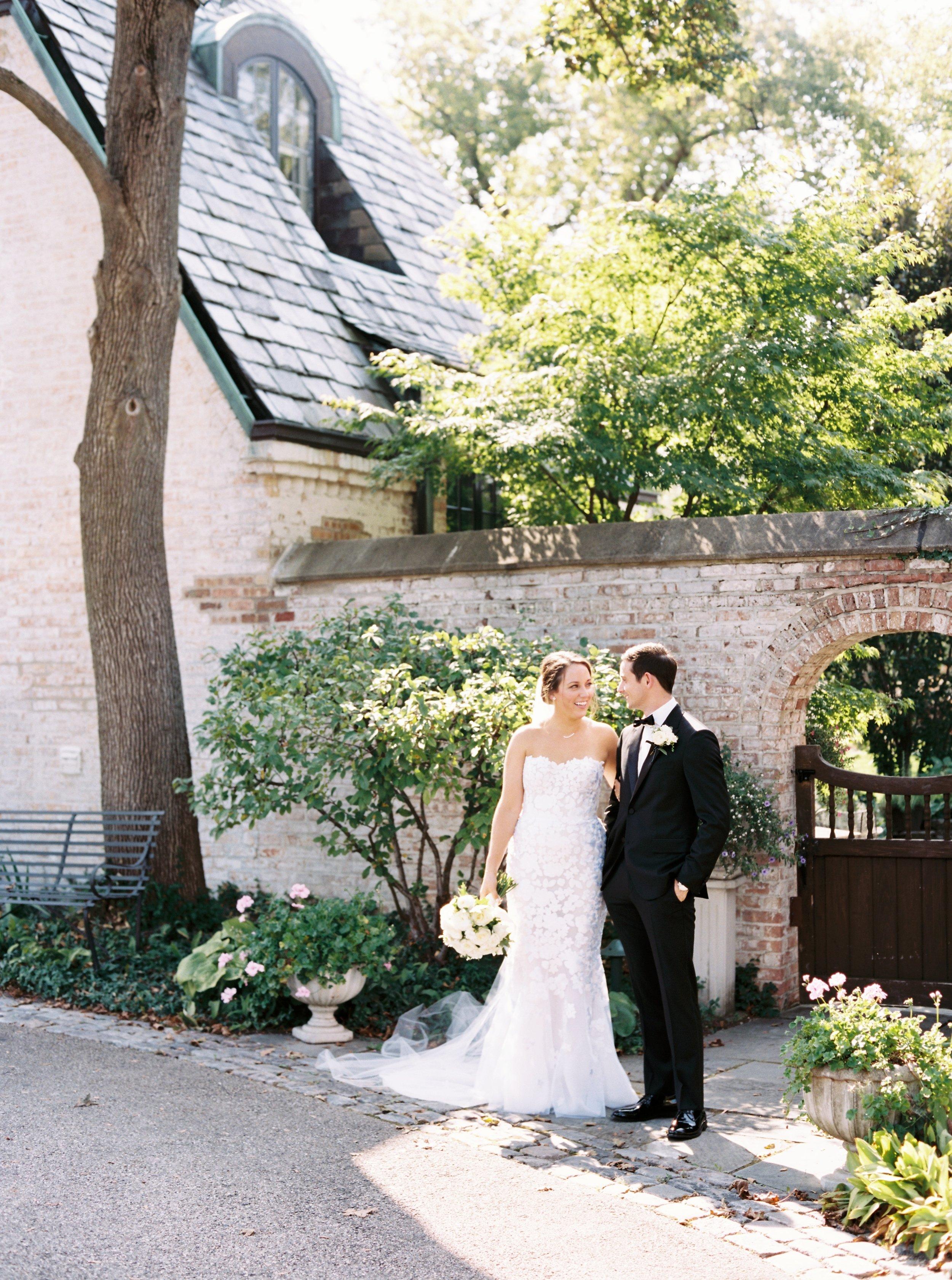 Kyle John l Fine Art Wedding Photography l Chicago, Copenhagen, California, New York, Destination l Blog l Kate and Michael_Winnetka_14