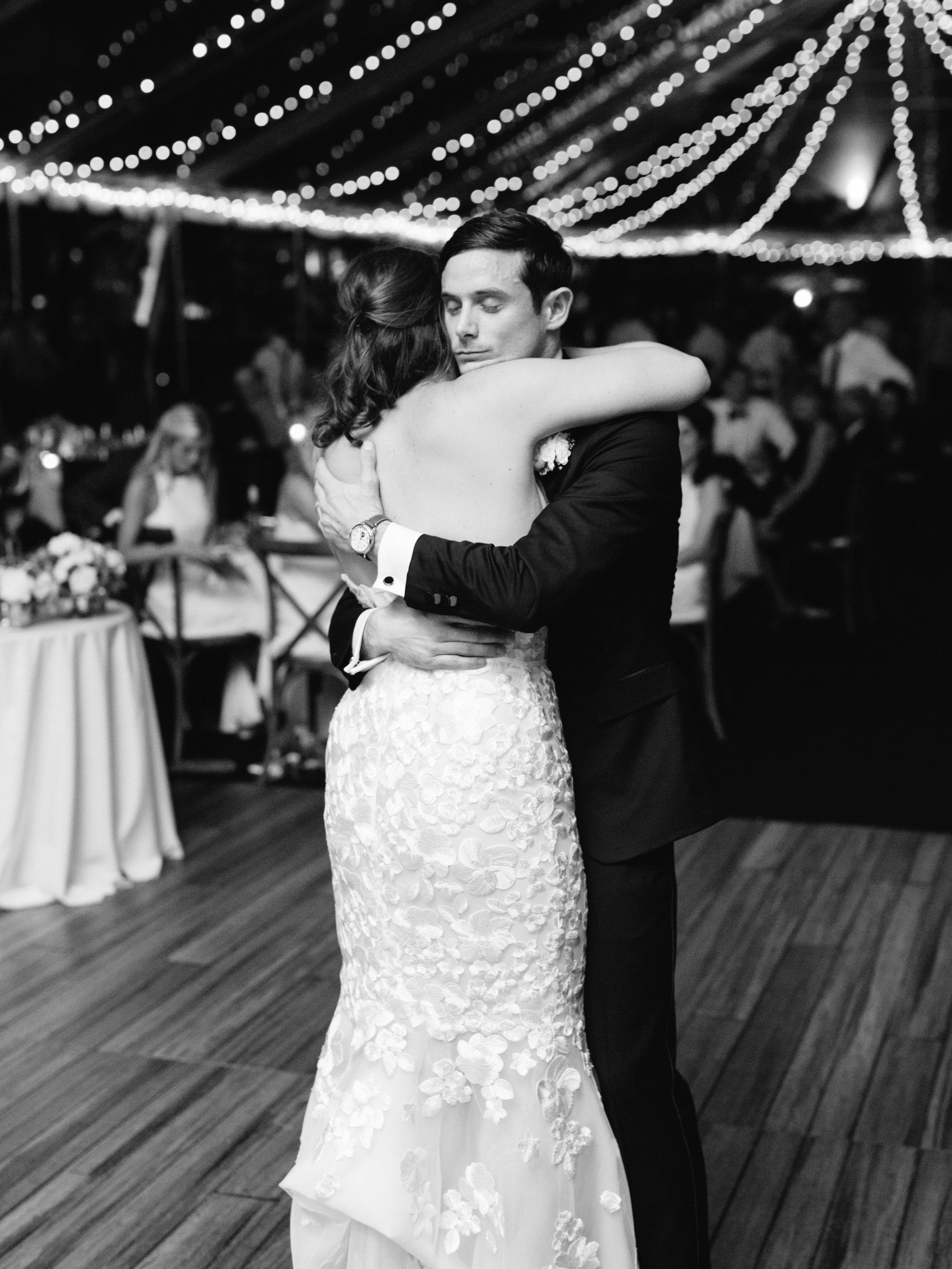 Kyle John l Fine Art Wedding Photography l Chicago, Copenhagen, California, New York, Destination l Blog l Kate and Michael_Winnetka_43
