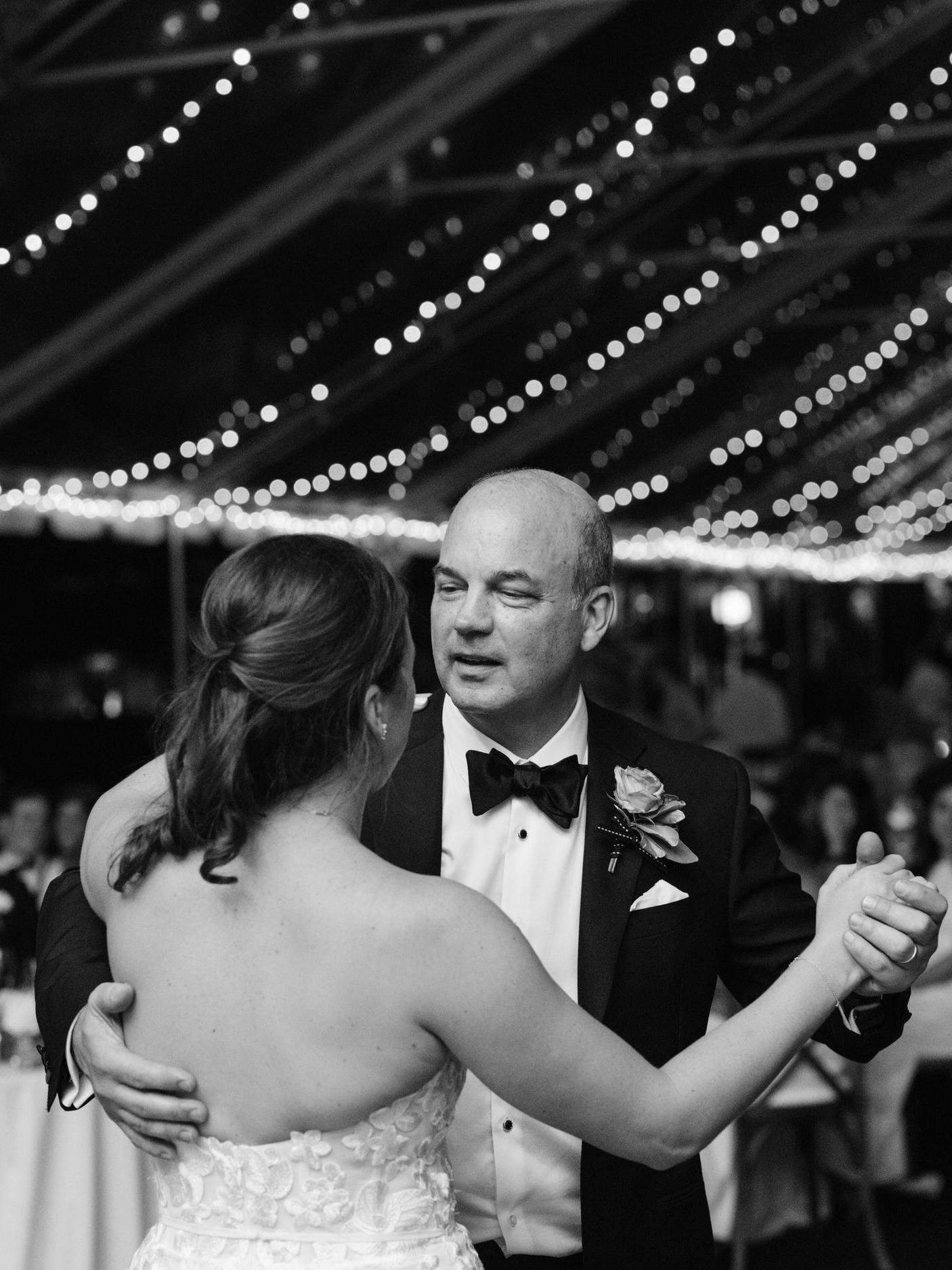 Kyle John l Fine Art Wedding Photography l Chicago, Copenhagen, California, New York, Destination l Blog l Kate and Michael_Winnetka_41