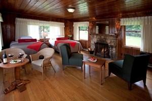 Lake Crescent - Roosevelt Cottages -web(3)_300x200.jpg