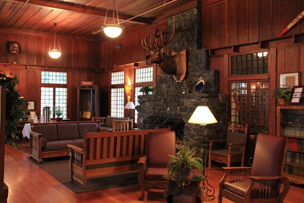 Lake-Crescent-Lodge-Lobby-2.jpg