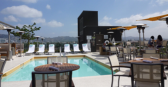 Pool-at-The-Hotel-Wilshire.jpg