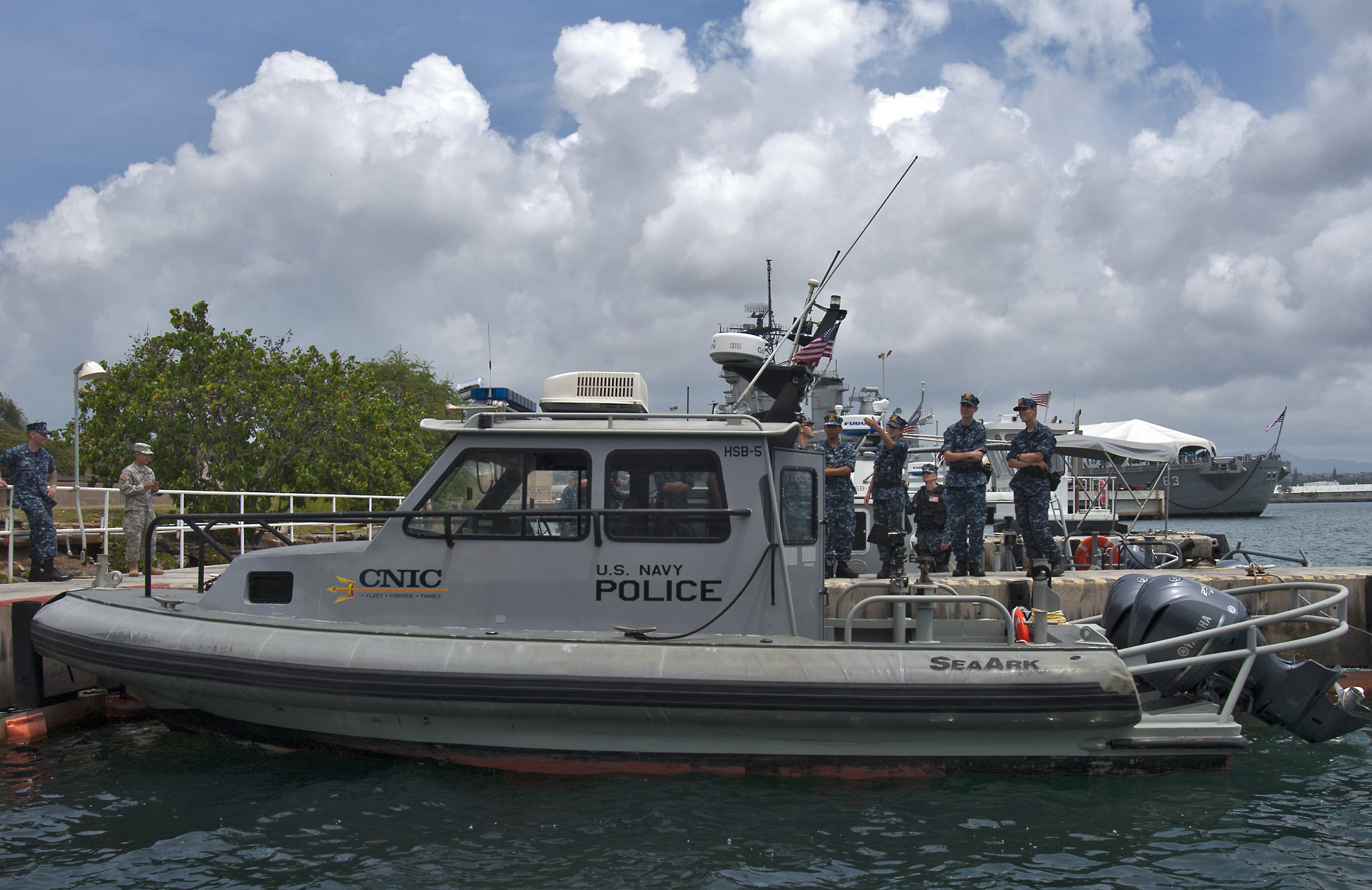 Cadets visiting harbor patrol unit