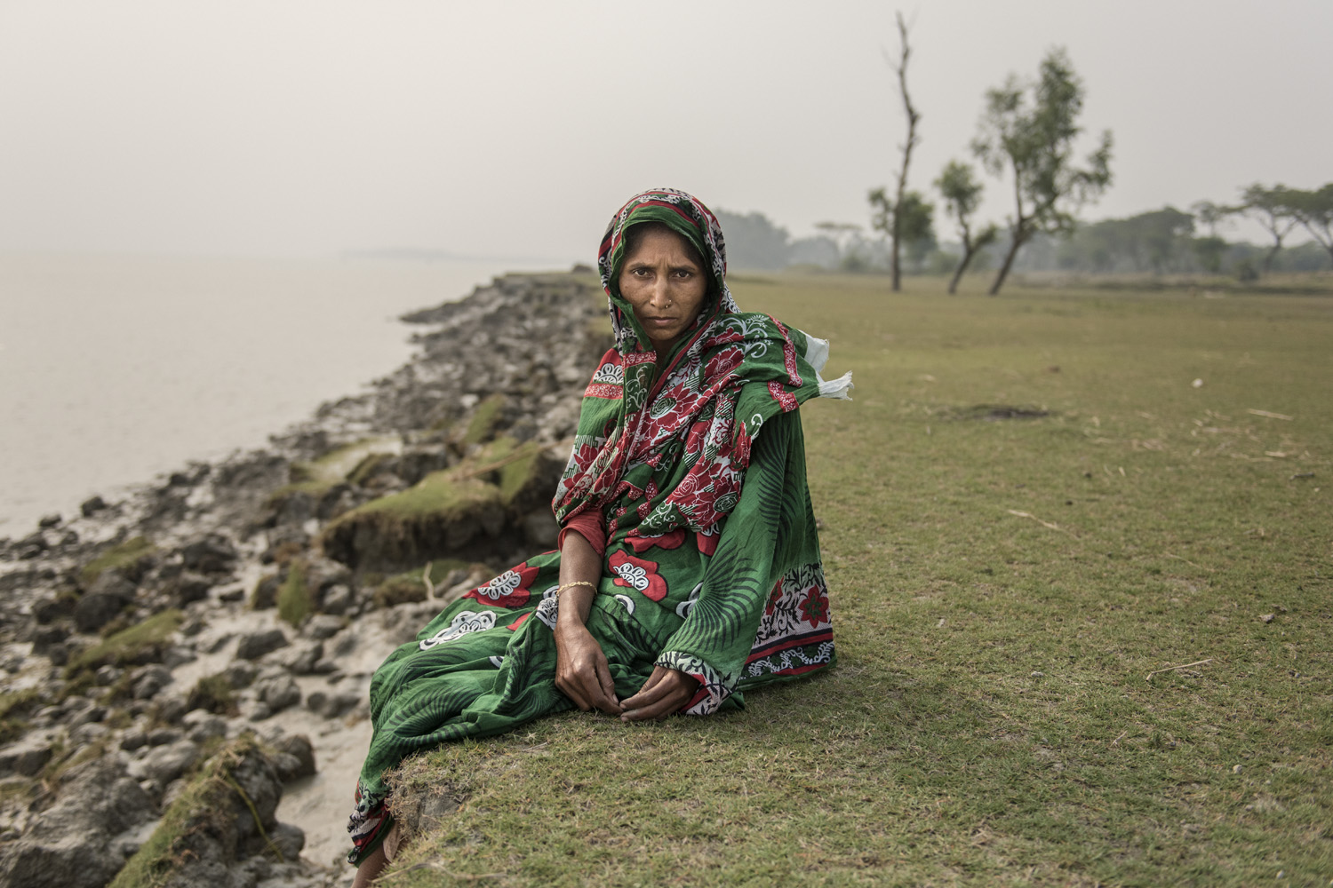 Minara begum (32), sons - Ismail(8); Belal (10)