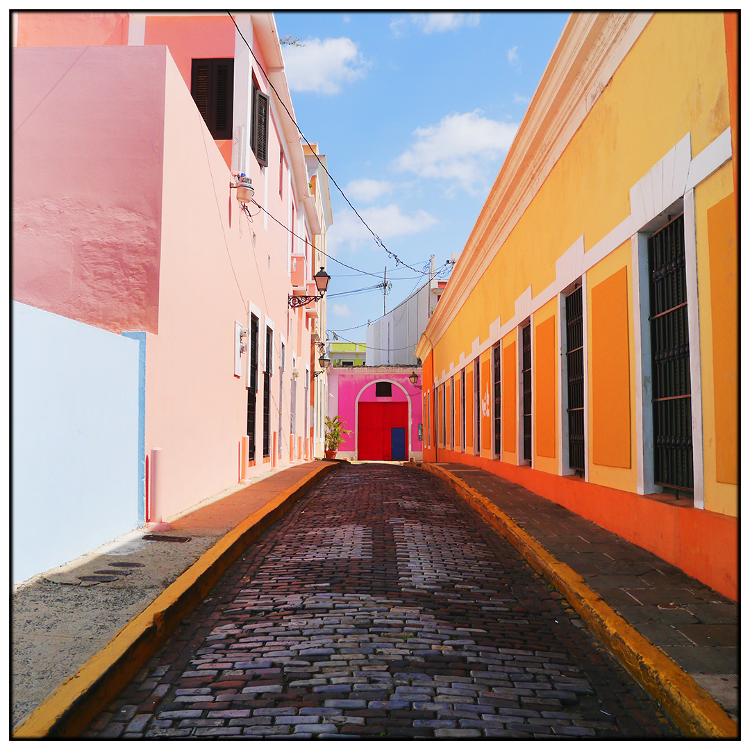 Colorful_Buildings_Old_San_Juan_V1.jpg