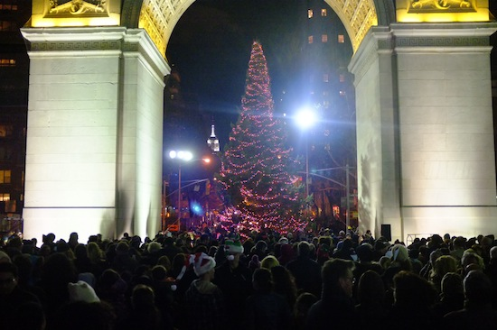 washington_square_tree_lighting_20121.jpg