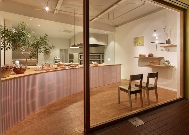 bread table 2.jpg