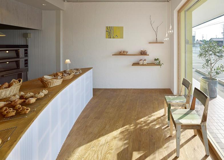 bread table 4.jpg