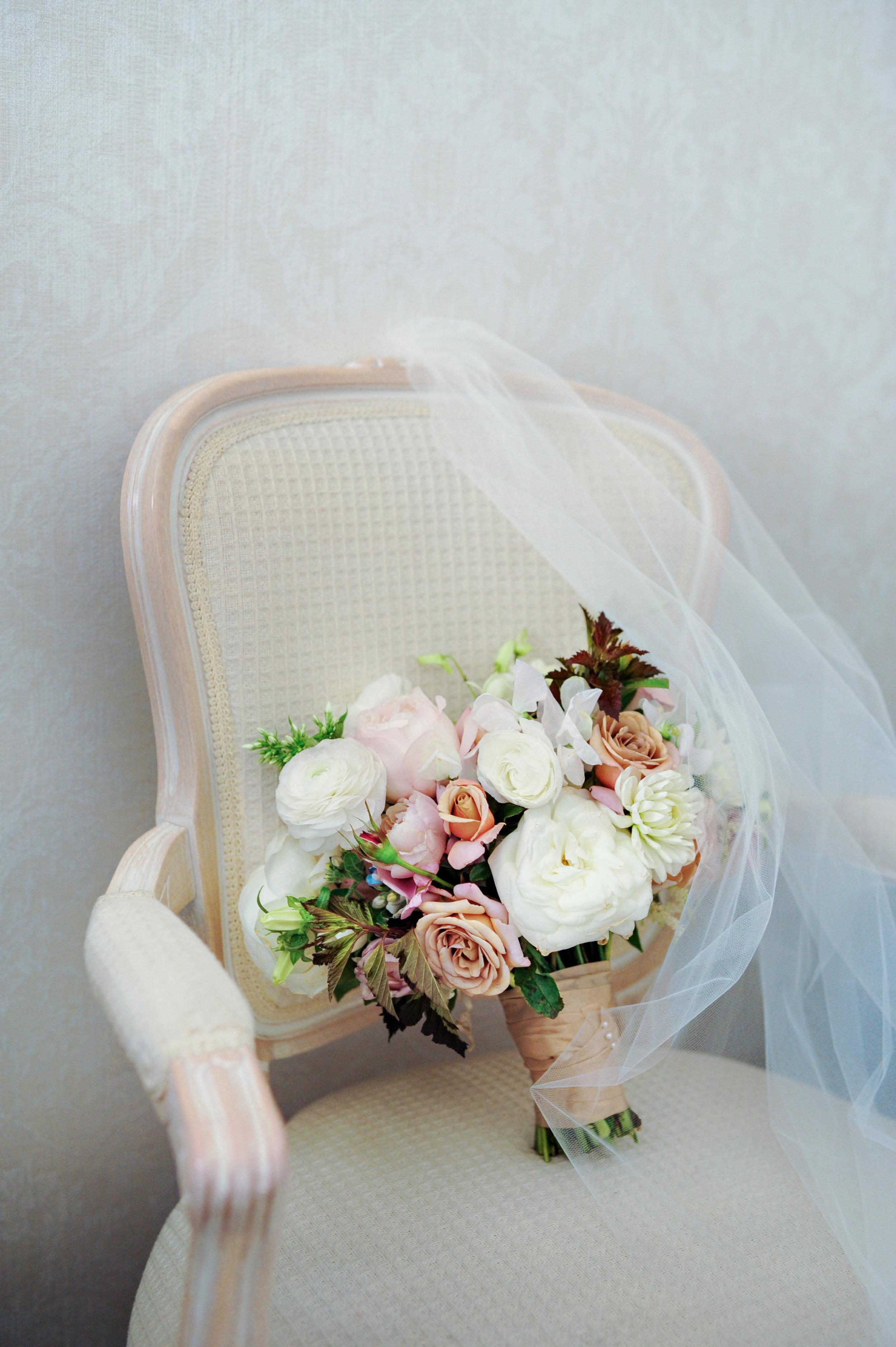 Hanh and Arena's Wedding Sneak Peeks-5.jpg