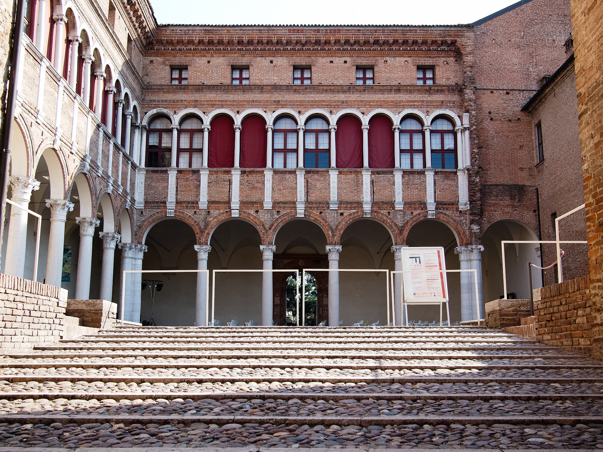 Palazzo Costabili
