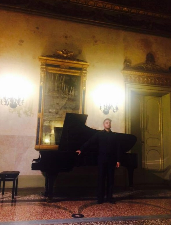 Christian De Luca after his recital at Teatro Comunale in Ferrara.