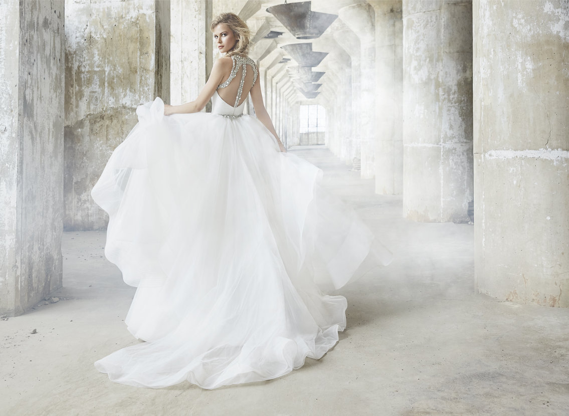 hayley-paige-bridal-fall-2017-style-6750-sloane_14.jpg