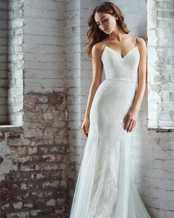 ti-adora-bridal-fall-2018-style-7852-pippin_2.jpg