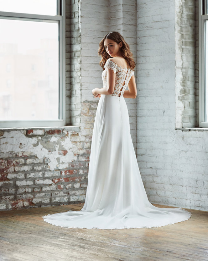 ti-adora-bridal-fall-2018-style-7857-adeline_5.jpg
