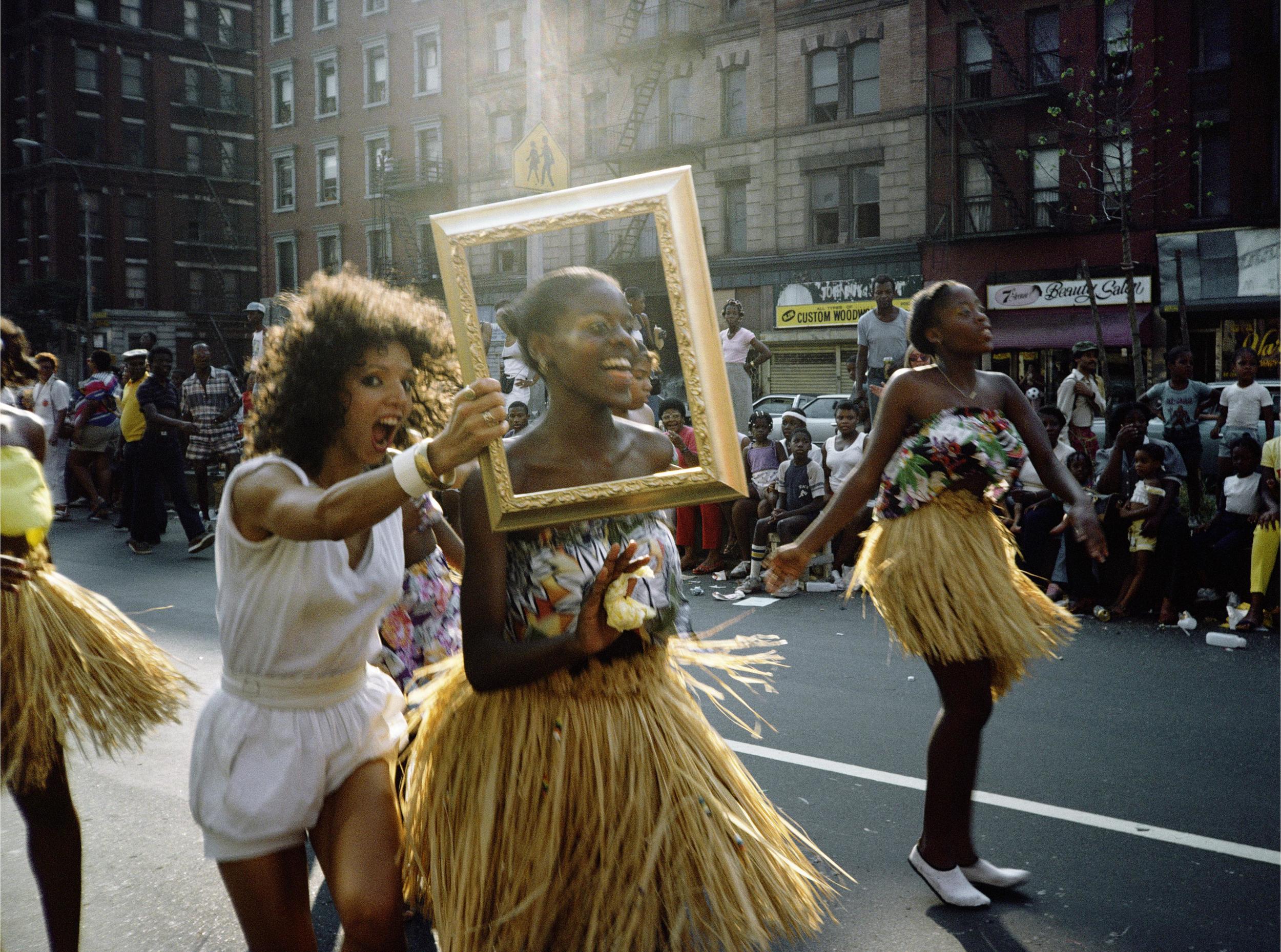 OGrady_Dancer_Grass_Skirts_1983_20093.jpg