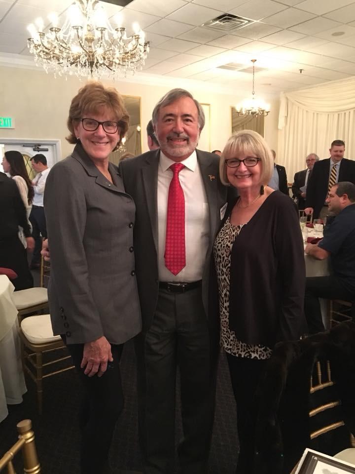 Left to Right: PS&S's Marge DellaVecchia, Allura's Bill Cappuccio with wife, Lorraine