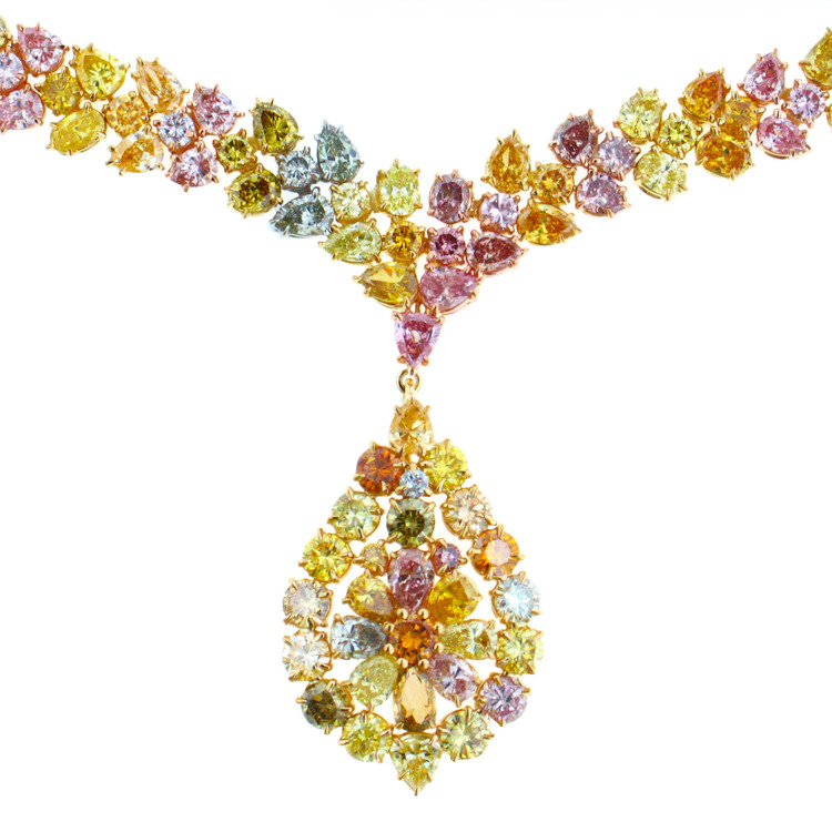 2008 Spectrum - 1st Place Evening Wear    Ricardo Basta Fine Jewelry & E. Eichberg Jewelers   18K yellow gold and platinum necklace featuring multi-colored natural Diamonds (39.98 ctw).