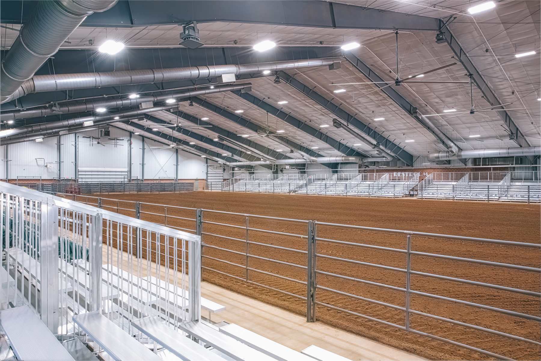 GradyFairgrounds_Interior_Arena1_4x6.jpg