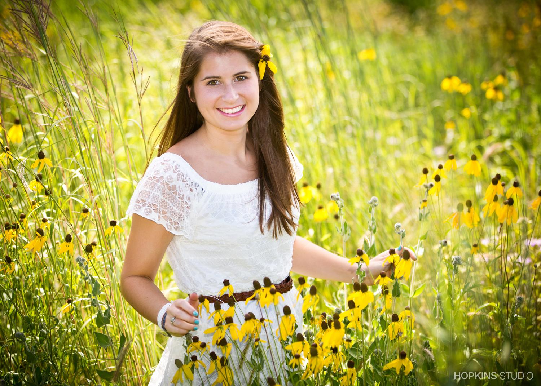 senior-pictures-photography-in-saint-joseph-and-stevensville_182.jpg