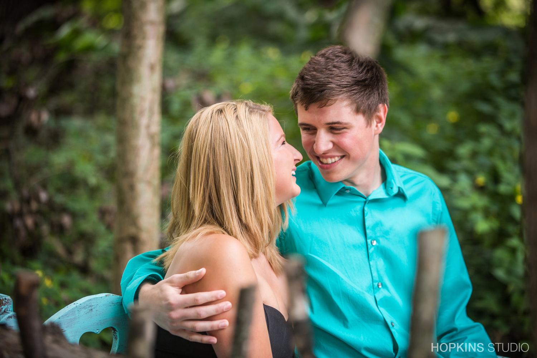 engagement-photo-St-Jo-Stevensville_Niles _10.jpg